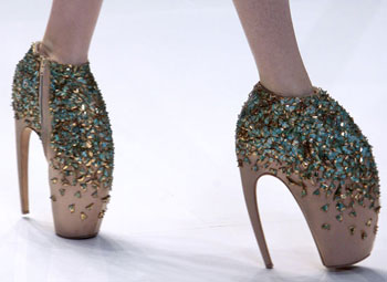 lady gaga alexander mcqueen shoes