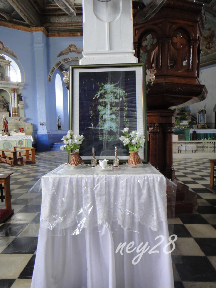 Altar in Dauis Church Bohol Philippines