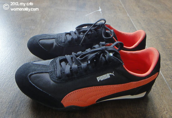Sideview -- Puma 76 Runner Nylon