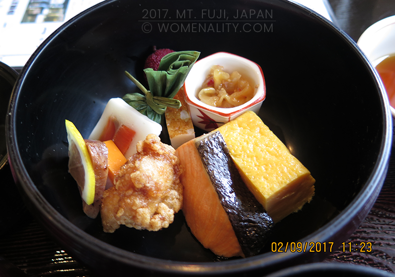 Bento - Salmon, Chicken Karaage, Tamago, Lemon